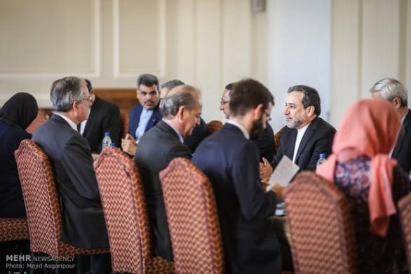 دور پنجم گفتگوهای سیاسی ایران وفرانسه